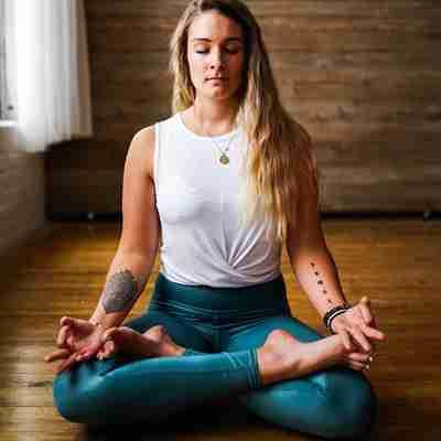 Yoga Hari Corso Vinyasa Yoga