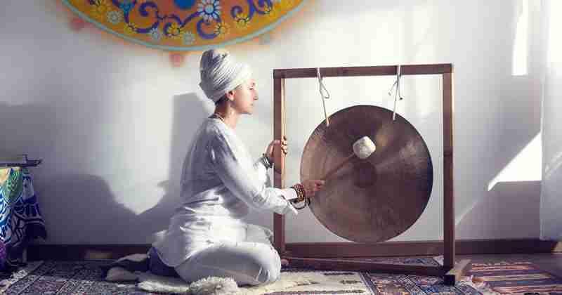 Yoga Hari Benessere Bagno Sonoro Con Il Gong